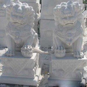 大理石石狮子(图片)