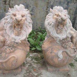 大理石石狮子