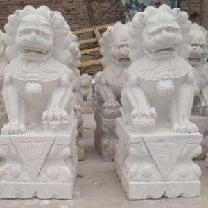 门墩石狮子(图片)
