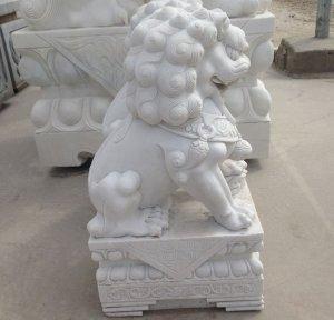 0.8米汉白玉狮子侧面图片展示