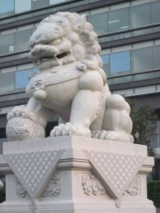 最新门前汉白玉石狮子
