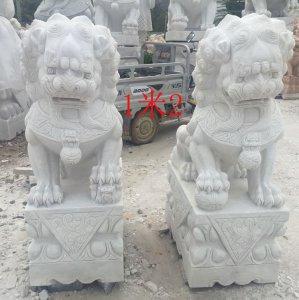 高1.2米汉白玉石雕狮一